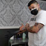 Simone Vessichelli giovane tatuatore di successo